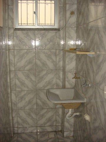 Benfica Apto com 02 Qtos, Sala, WC, Cozinha, 1 vaga para carro.(Cód.613) - Foto 11