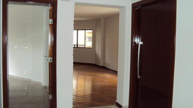 8308 | Apartamento para alugar com 4 quartos em Centro, Maringa - Foto 2