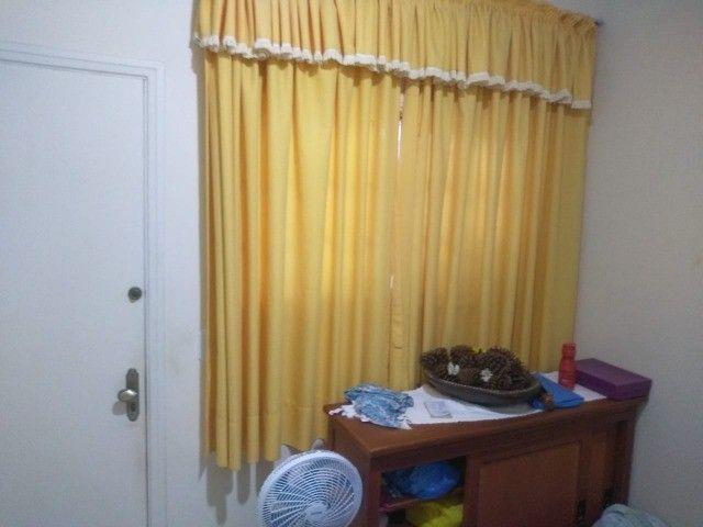 Casa com três dormitórios numa área de 720 m2 em Bairro nobre de São Lourenço-MG. - Foto 4