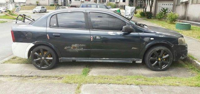 Carro Astra anon2000, pot. 1.8, só a gasolina - Foto 2