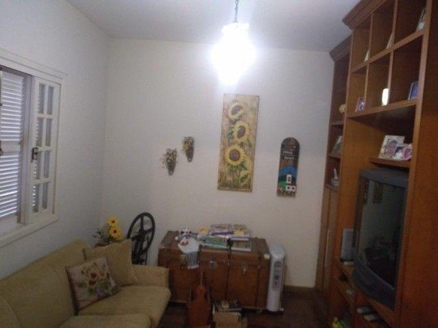 Casa com três dormitórios numa área de 720 m2 em Bairro nobre de São Lourenço-MG. - Foto 10