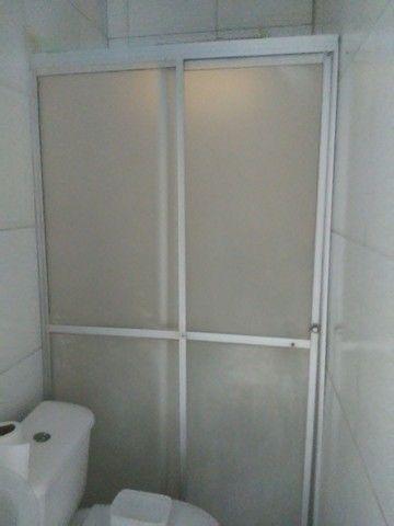 Alugo casa 3 quartos . 600 reais