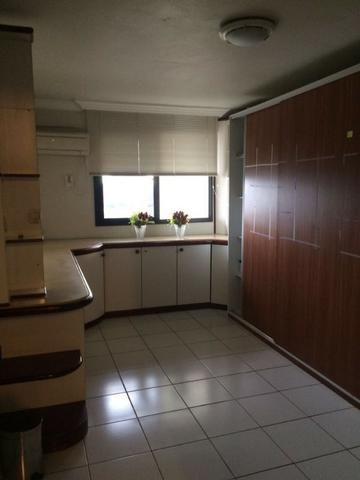 Apartamento Adrianópolis 4 suítes - Urgente