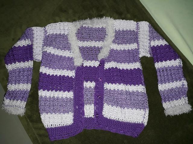 Casaco Infantil De Crochê (lã)