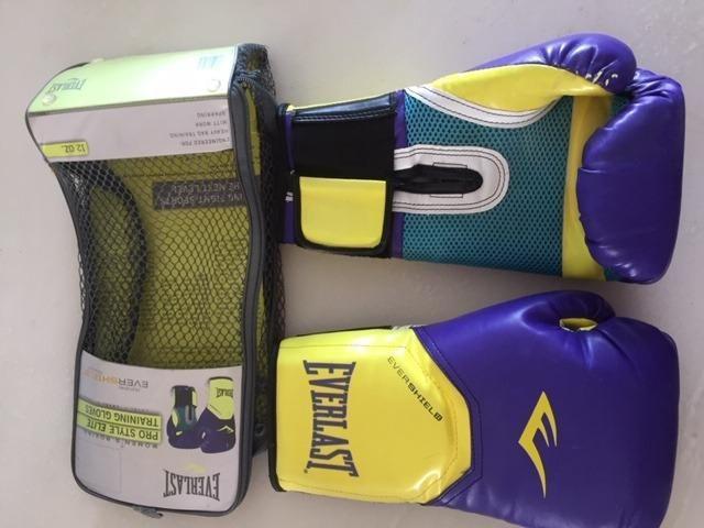 Luvas Women's Boxing