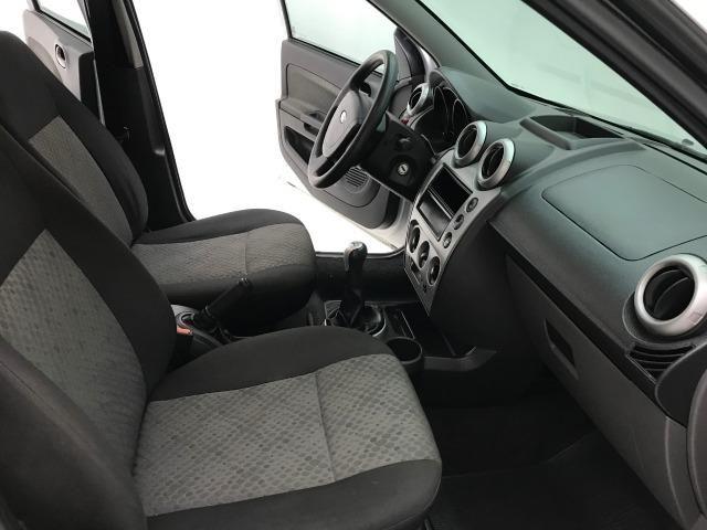 Fiesta Hatch 1.6 Completo 2013 - Foto 8