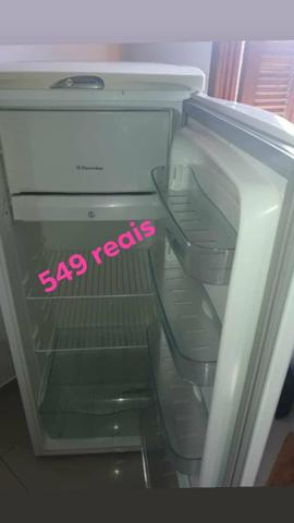 Refrigerador Electrolux 127v funcionando perfeitamente