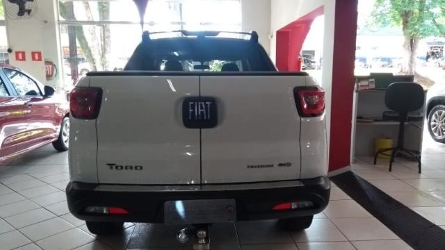 Toro Freedom 2.0 diesel AT9 4x4 2019 - Foto 8