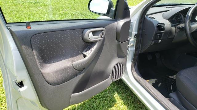 Corsa Hatch Premium 2009 *Raridade para COLEÇÃO - Foto 12