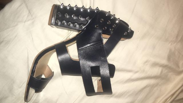 Sapato colcci 37 edição limitada - Foto 3