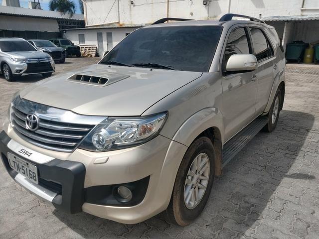 Hilux Sw4 3.0 SRV 4x4 Diesel 2013 - Concessionaria Mitsubishi Raion