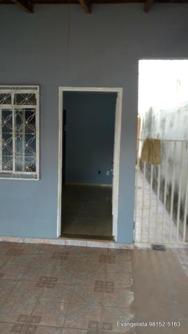 Urgente Linda Casa de 3 Quartos Escriturada + Barraco de Fundo - Foto 7