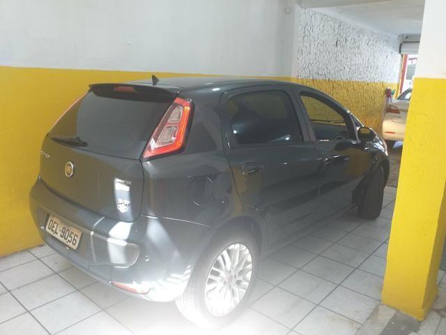 Punto 1.6 automático 2013 o mais Novo de sergipe - Foto 7
