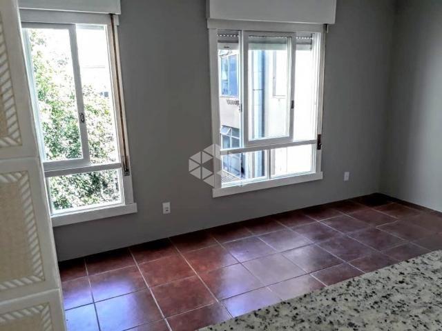 Apartamento à venda com 1 dormitórios em Auxiliadora, Porto alegre cod:9887993 - Foto 2