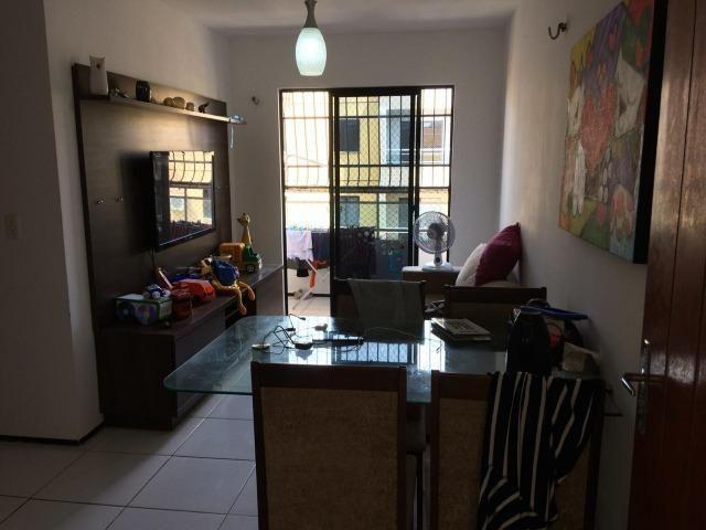 Apartamento 03 Quartos, Varanda e Lazer Com Piscina: R$ 145 Mil Á Vista !! 9  * - Foto 4