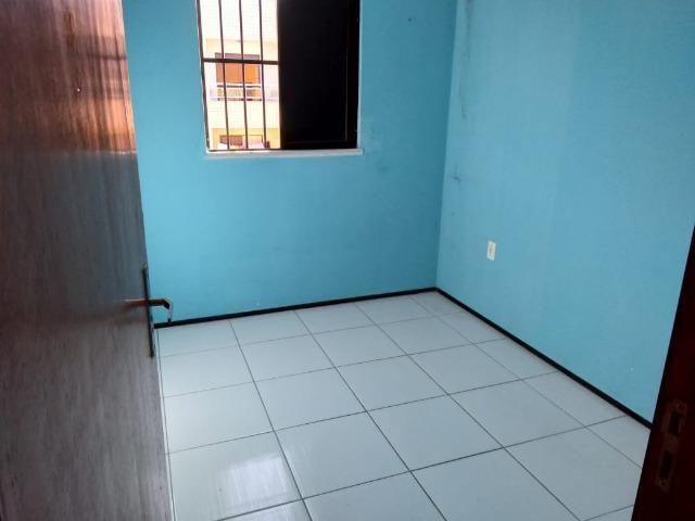 Apartamento 03 Quartos, Varanda e Lazer Com Piscina: R$ 145 Mil Á Vista !! 9  * - Foto 7