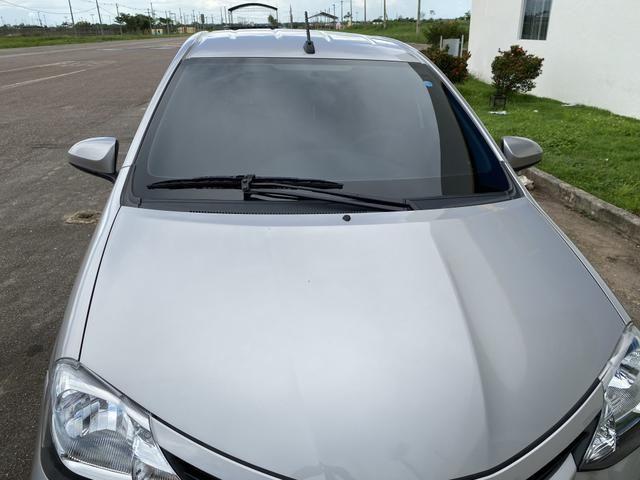 Toyota Etios, completo controle de som no volante, automático, multimídia, carro novo - Foto 6