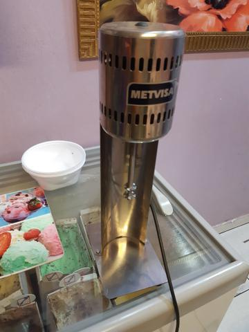 Batedeira de Milk Shake semi nova