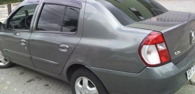 Clio sedan 2007 - Foto 5
