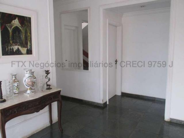 Casa Excelente de Esquina com Terreno 720m² na Rua da Paz - Foto 10