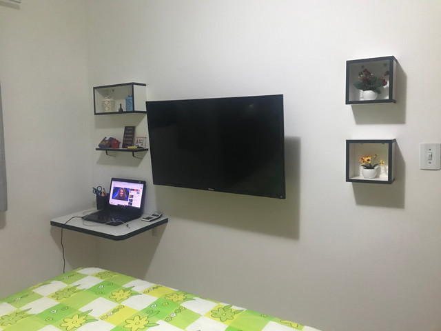 Nichos, prateleira e mesa de estudo - Foto 4