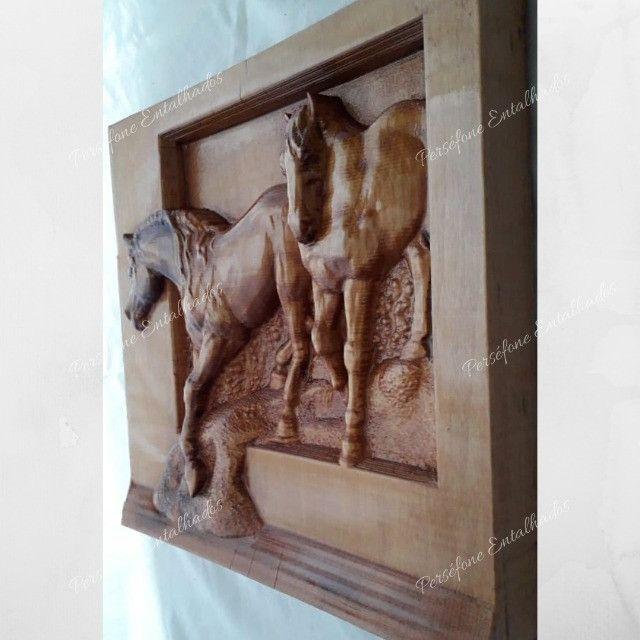 Cavalo Entalhado em madeira nobre - Foto 4