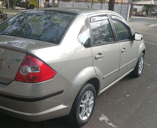 Fiesta 1.6 class - Foto 3