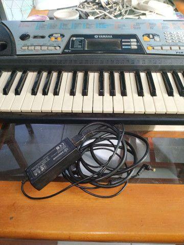 Teclado Eletrônico Yamaha