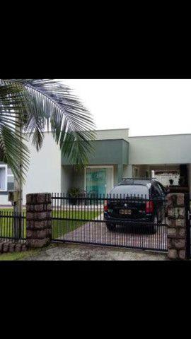 Casa no centro em Guaramirim