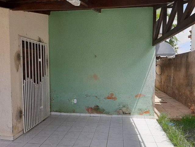 Aluga-se casa no alto com 3/4 com piscina - Foto 10