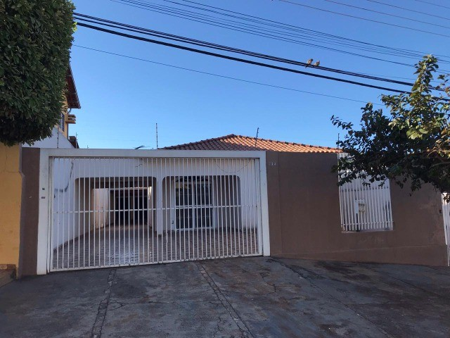 Casa Térrea Vila Planalto 40m da Orla Morena