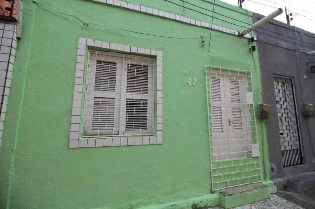 Casa para alugar com 2 dormitórios em Benfica, Fortaleza cod:CA0064 - Foto 2