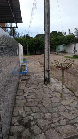 Casa à venda com 03 dormitórios em Paratibe, João pessoa cod:008481