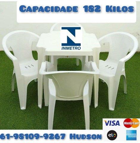 Mesas e Cadeiras de Plástico Poltrona Extra Forte - Foto 3