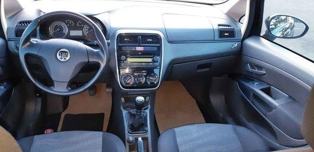 Fiat Punto 1.4 2013 - Foto 13