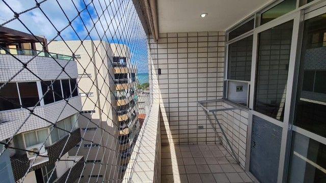 Cobertura para venda possui 254 metros quadrados com 4 quartos em Ponta Verde - Maceió - A - Foto 8