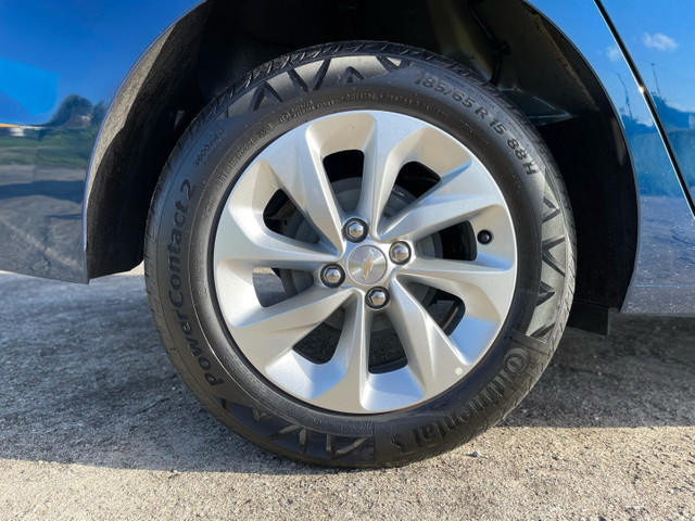 GM ONIX PLUS LT 1.0 TURBO AUTOMÁTICO FLEX 20/21 - JPCAR  - Foto 20