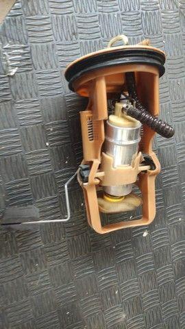 Bomba de combustível BMW 330 E46 - Foto 4