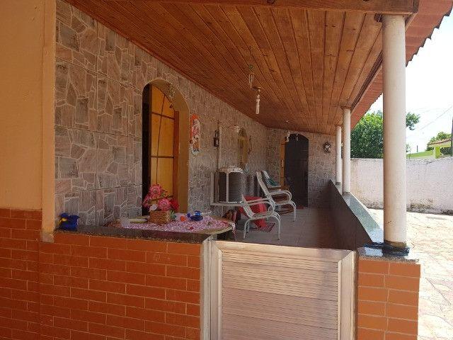Casa ampla - terreno 950 m2 - salão nos fundos - piscina - Foto 3