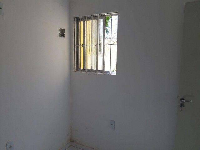 03 quartos, quartos sendo um suíte, térreo, nascente. - Foto 7
