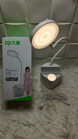 Luminária de mesa com touch, suporte para celular e porta canetas/ Preço Imbatível  - Foto 2