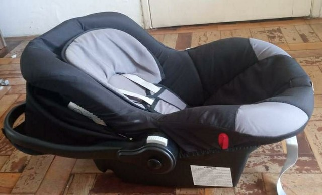 Bebê conforto Tutti Baby (pouco usado)