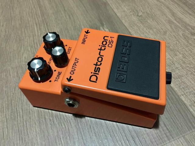 Pedal boss distortion ds1