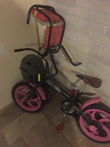 Bicicleta infantil + capacete
