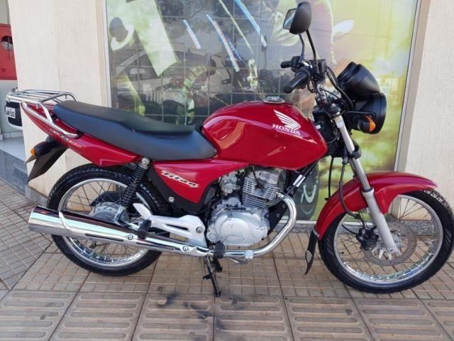 Titan 150 ESD moto toda revisada pneus novos em ótimo estado de conservação