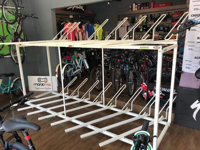 Expositor /estacionamento 16 bikes