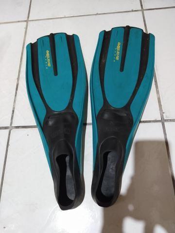 Vendo nadadeiras pé de pato