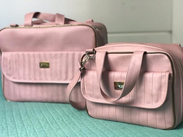 Vendo Conjunto de Bolsas para maternidade Rosê