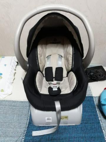 Vendo bebê conforto com base Galzerano
