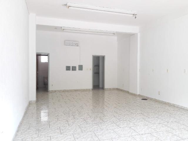 Aluga-se Loja 65m² livre condomínio e iptu 1750,00 Dir.proprietário Cristo Redentor - Foto 2